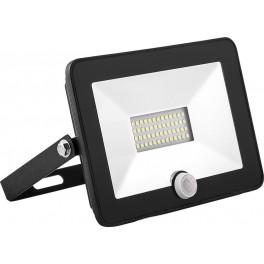Светодиодный прожектор SAFFIT с встроенным датчиком SFL80-50 IP65 50W 6400K черный